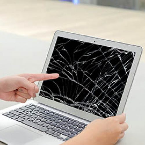 Left finger of woman, she pointing at the screen laptop, the scr